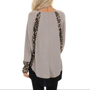 Umgee Tops - NWT Ash Waffle Knit Top Leopard Contrast Detail